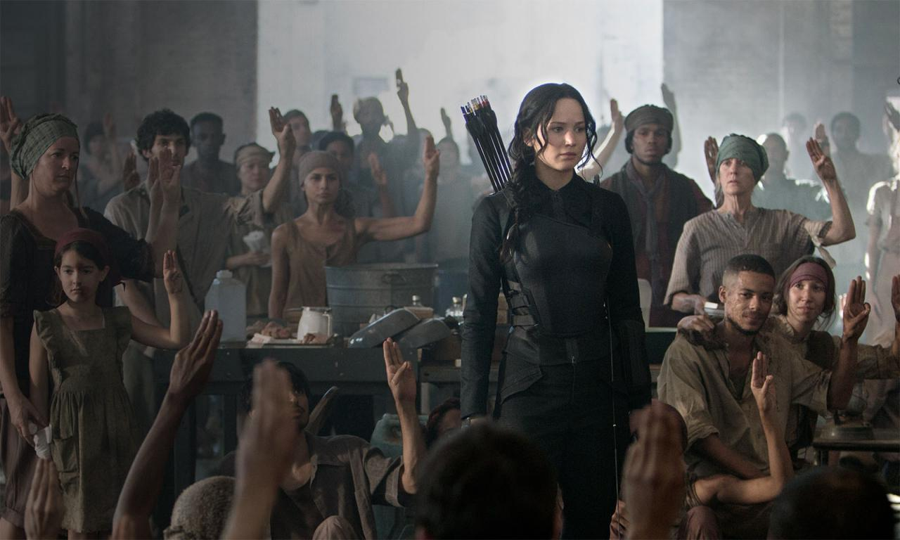 Click to enlarge image The_Hunger_Games__Mockingjay_-_Part_1_57.jpg