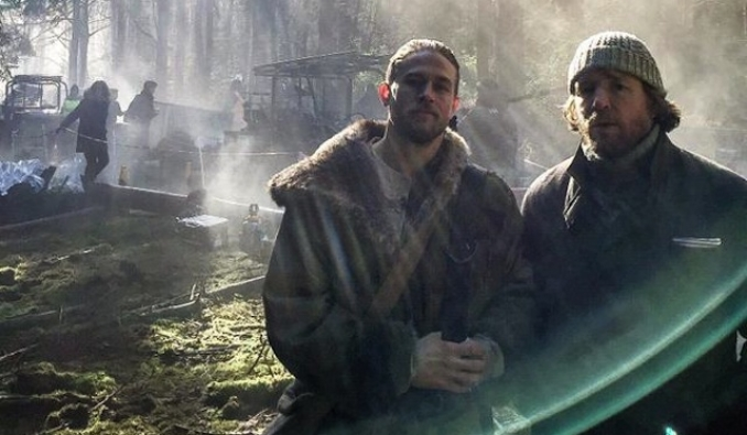 El King Arthur de Guy Ritchie se retrasa